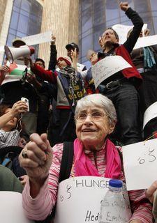 ガザ自由行進に参加するホロコースト生存者は語る_e0105099_116787.jpg