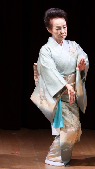 山中座舞台開き「舞初め鑑賞会」_f0040218_15225177.jpg
