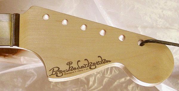 白谷さんオーダーの「Bass 6 Type」の着色が完了〜!_e0053731_19402366.jpg