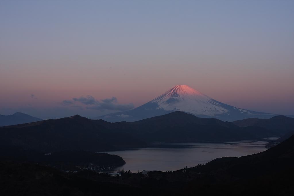 芦ノ湖の夜明け_b0116600_219575.jpg