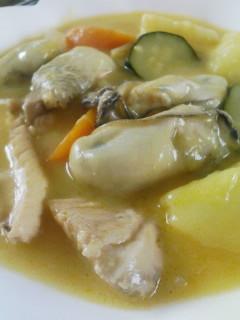 牡蠣と秋鮭のシチュー_f0112873_18195398.jpg