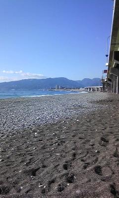 国府津の浜 と ランチのうどん_e0152052_10311378.jpg