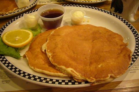 pancakes in Las Vegas._c0153966_2231553.jpg