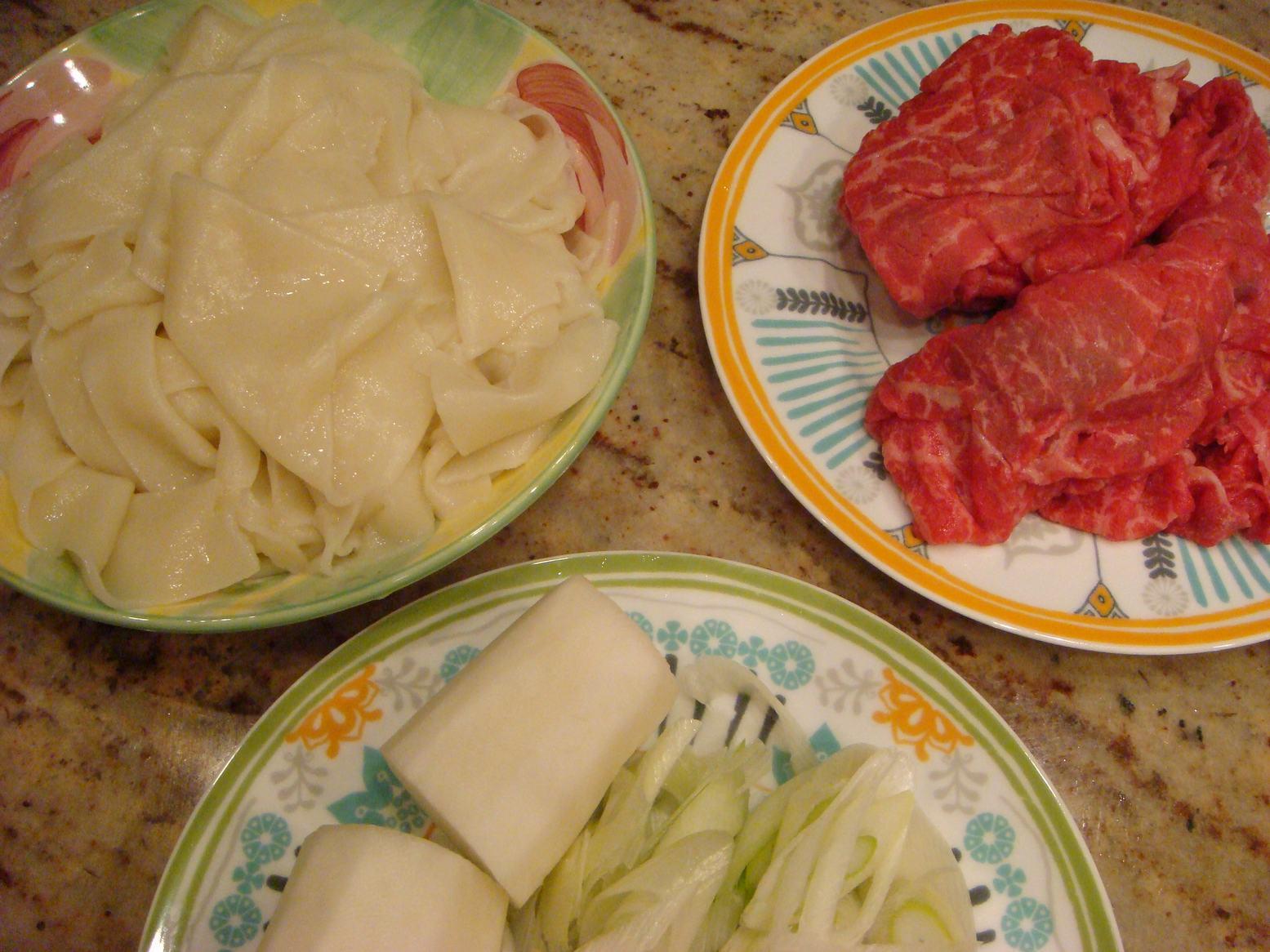 しばれる晩は肉うどんが一番、_d0100880_2219086.jpg