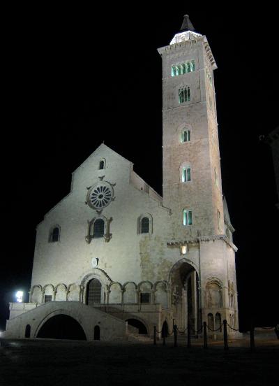 トラーニ2. 憧れの大聖堂に出会う_f0205783_1554073.jpg