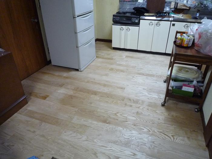 栗の床を貼ると明くるなりました_a0148909_13263629.jpg