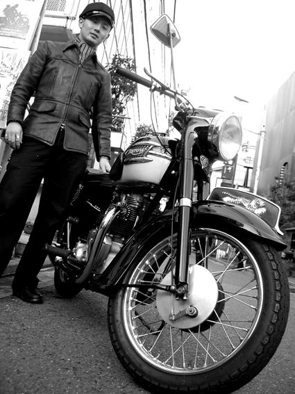西崎 智成 & Triumph T110(20091201)_f0203027_2151523.jpg