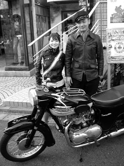西崎 智成 & Triumph T110(20091201)_f0203027_2153224.jpg