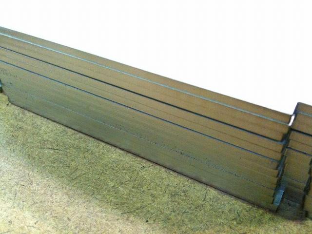 メッキ鋼板のレーザー切断_d0085634_16115654.jpg