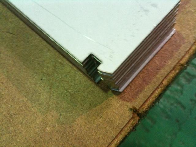 メッキ鋼板のレーザー切断_d0085634_1691289.jpg