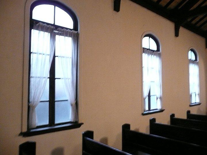 日本基督教団福岡社家町教会_c0094541_1134599.jpg