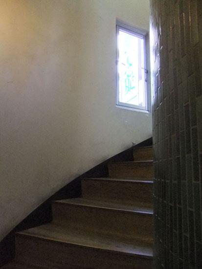 とある回り階段!_c0225122_19365456.jpg