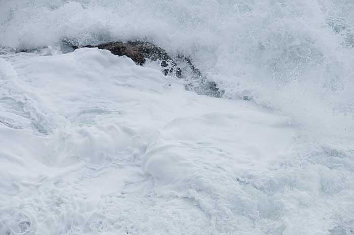 冬の波_c0085877_7185826.jpg