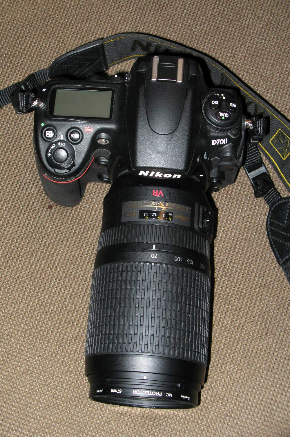 VR 70-300mm F4.5-5.6G 初写し_b0069128_21441082.jpg