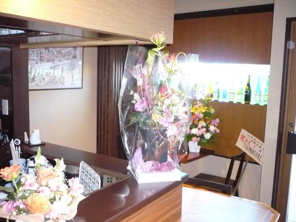 店中 お花でいっぱい!_f0193752_43819100.jpg