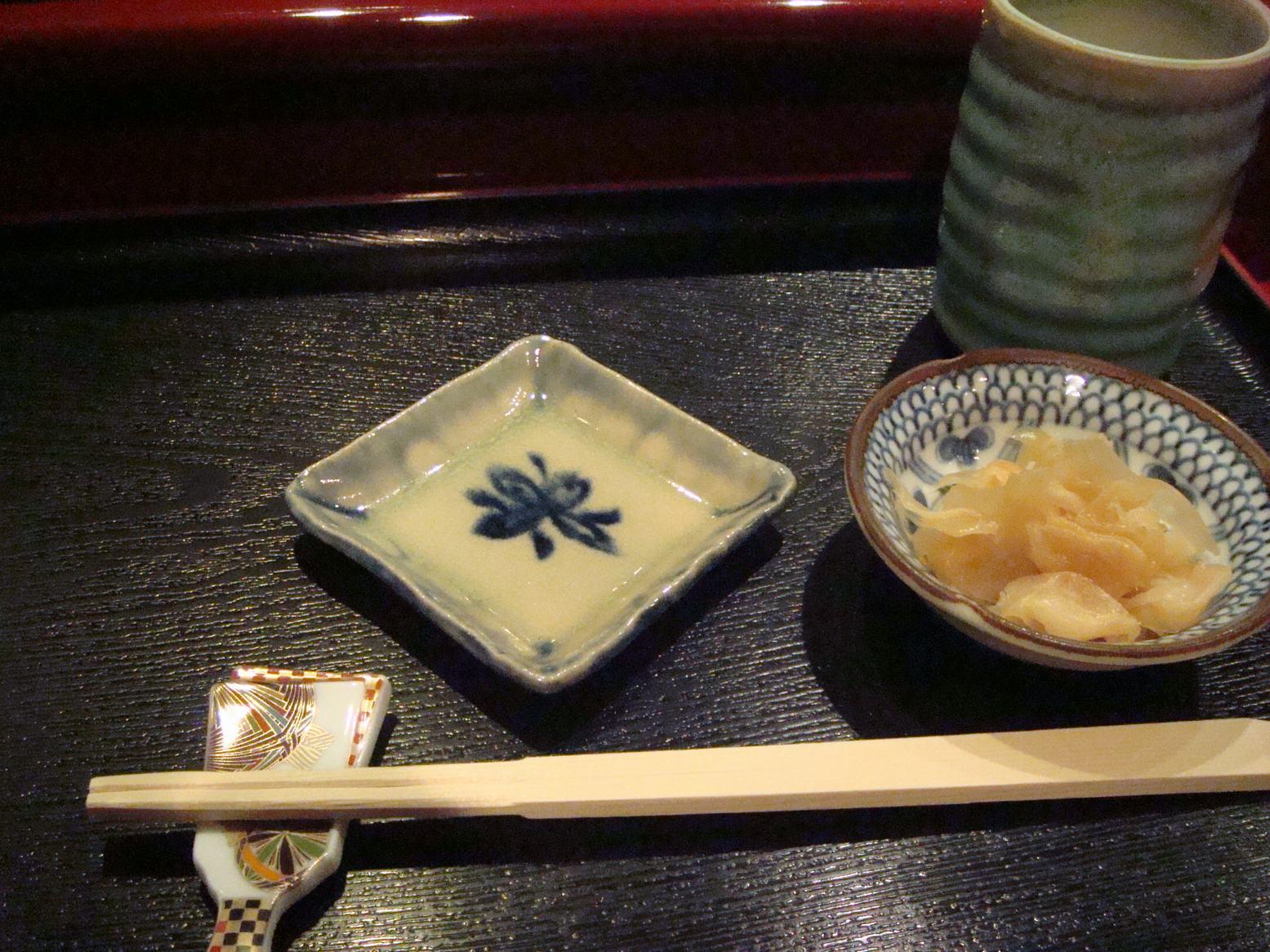 初鮨に日本の文化芸術を感じて、_d0100880_7373757.jpg