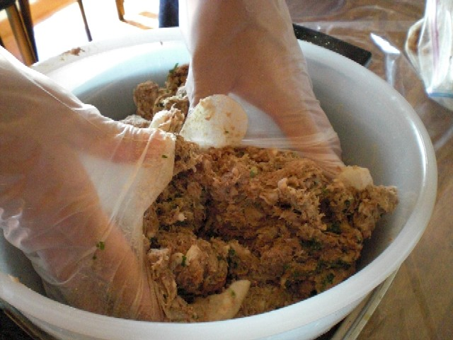 イノシシ肉で自家製ソーセージに挑戦_c0013687_18445461.jpg