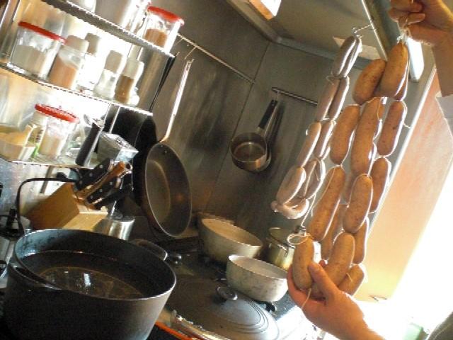 イノシシ肉で自家製ソーセージに挑戦_c0013687_18461693.jpg
