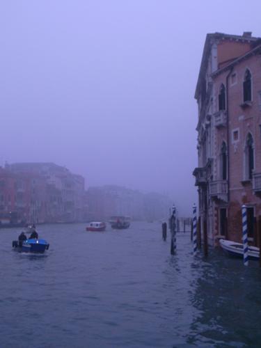 朝の交通ラッシュ~水の街ヴェネツィアにて_f0106597_22172569.jpg
