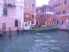 朝の交通ラッシュ~水の街ヴェネツィアにて_f0106597_22195238.jpg