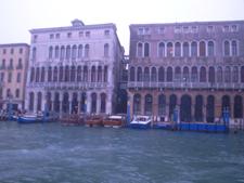 朝の交通ラッシュ~水の街ヴェネツィアにて_f0106597_2318438.jpg