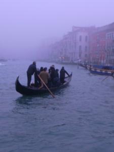 朝の交通ラッシュ~水の街ヴェネツィアにて_f0106597_23193225.jpg