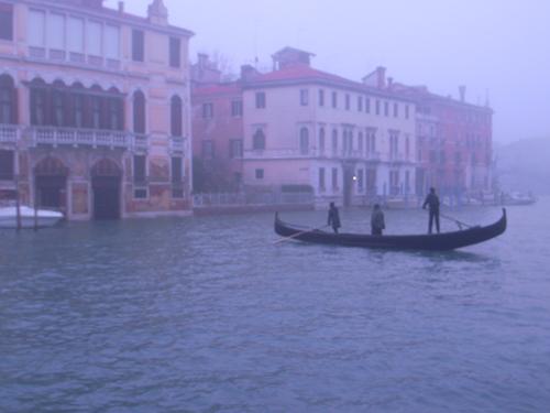 朝の交通ラッシュ~水の街ヴェネツィアにて_f0106597_23203946.jpg