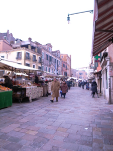 ヴェネツィアをトコトコ歩く_f0106597_20292170.jpg