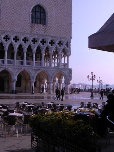 ヴェネツィアをトコトコ歩く_f0106597_20451546.jpg