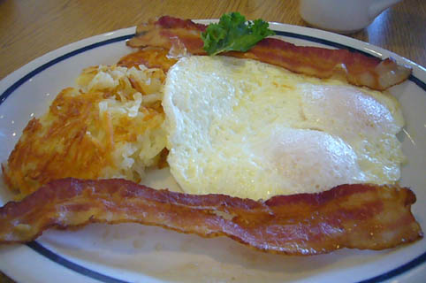 breakfast at the IHOP._c0153966_2143062.jpg