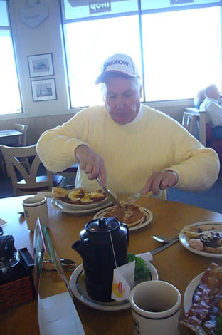 breakfast at the IHOP._c0153966_2173189.jpg