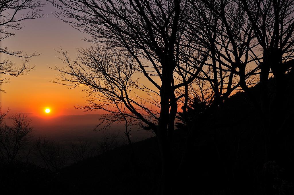 夕日 筑波山つつじヶ丘ロープウェイ乗り場から_e0037126_21301976.jpg