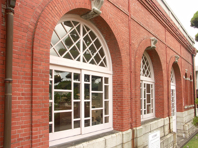 岡山市水道記念館(旧三野浄水場送水ポンプ室)_f0116479_2144598.jpg