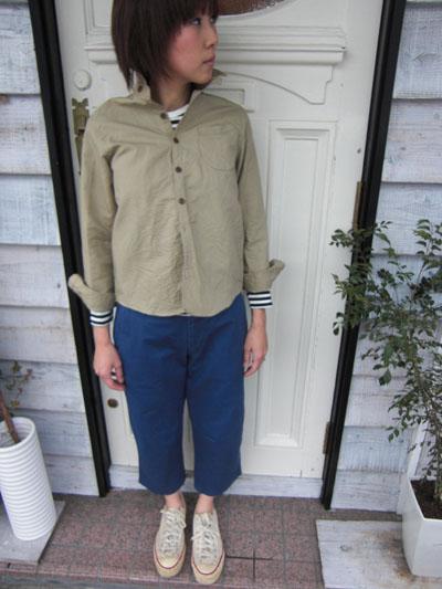 ベージュのシャツを羽織って。。。_a0113127_20552971.jpg