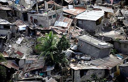 米軍はハイチ救援を邪魔しに行った F・ウィリアム・イングドール_c0139575_20271177.jpg