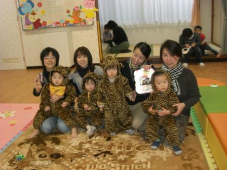 2010.01.22お誕生会_f0142009_114225.jpg