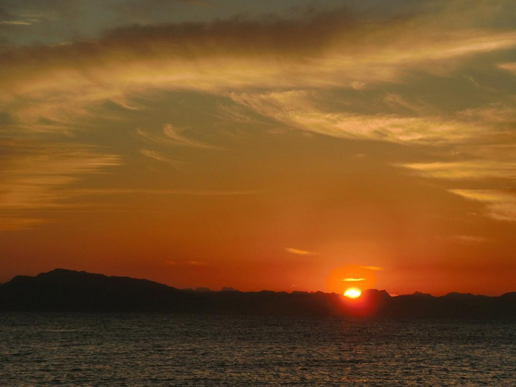 朝 の 風 景 No.10_d0039021_18321253.jpg