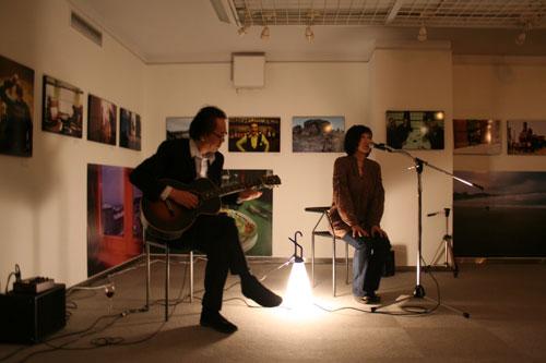 Jun Kawabata 写真展がスタートしました!_f0171840_1420190.jpg
