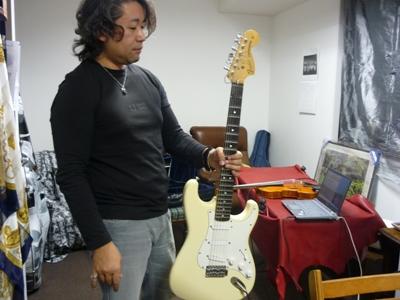 川手勝弘さんというバイオリンショップオーナーについて。_e0188087_1549123.jpg