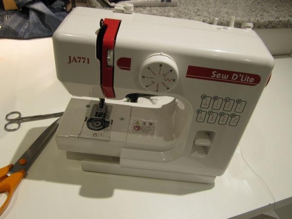 新しいミシン   Nueva maquina de coser_b0064411_454290.jpg