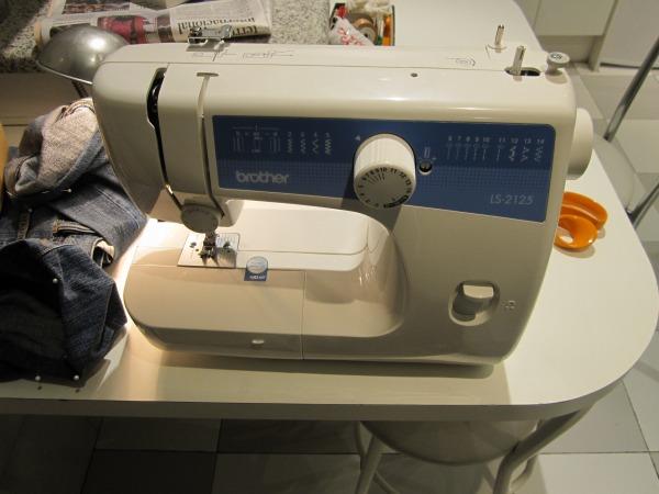 新しいミシン   Nueva maquina de coser_b0064411_6341662.jpg