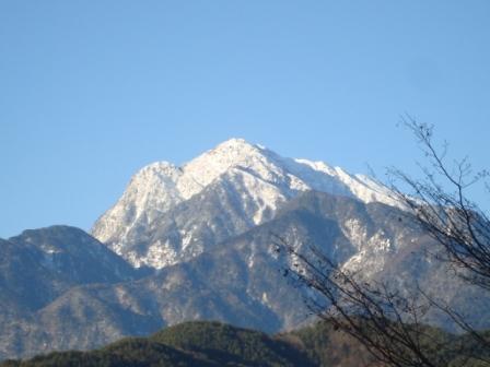 冬は山がきれいですねえ_d0152765_2025615.jpg