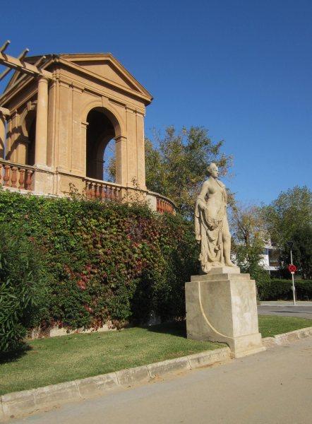 ペドラルベス宮の散歩  Paseo in el Palau de Pedralbes_b0064411_7242432.jpg