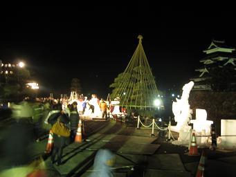 松本城と氷彫_d0105615_18232235.jpg