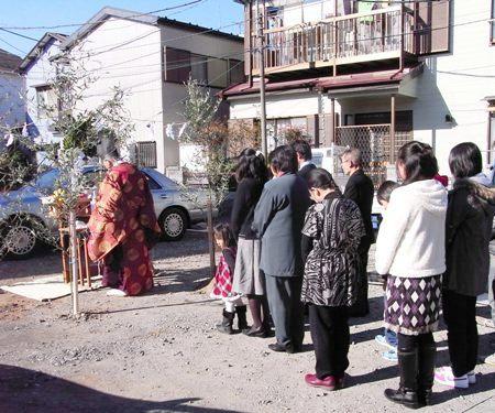 「江戸川ガレージのある家」地鎮祭_c0019551_1952063.jpg