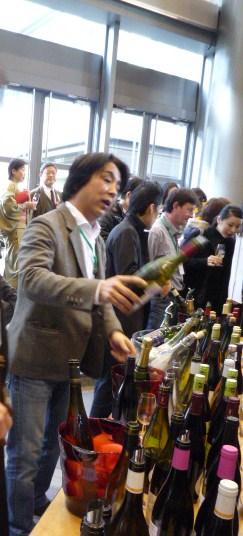 ワイン試飲会の着物姿のお客様。_f0181251_16231036.jpg