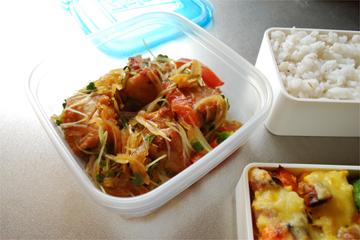 お昼ごはんはお弁当♪_c0181457_3412674.jpg