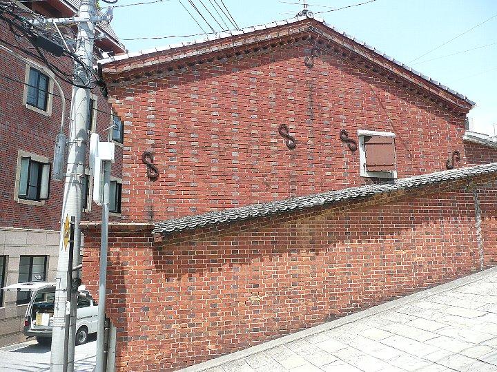 東山手の林商店_c0112559_958437.jpg
