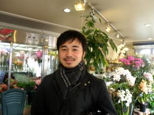 新聞記者さん来店_e0170461_13234756.jpg