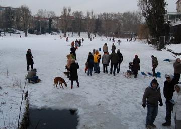 この冬のべルリンは尋常じゃなく寒い証。_c0180686_22201960.jpg